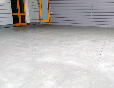 Поставки щебня и песка для бетонного пола